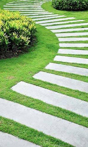 E & E Contractors LLC Landscaping