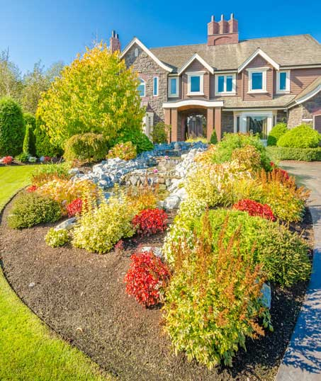 E & E Contractors LLC Landscape Design